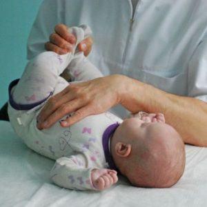 Kokias problemas slepia neramus kūdikio miegas?